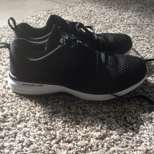 APL running shoes